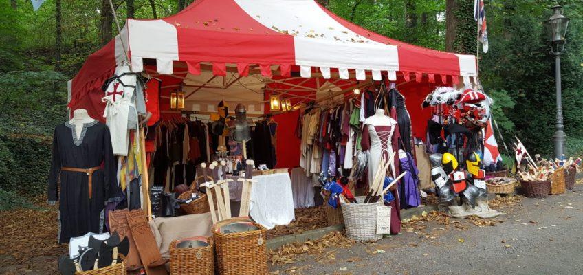 Unser Marktzelt mit den Wikingern auf Burg Rabenstein, Herbst 2016